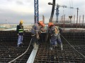 华龙一号首堆示范工程首个核岛厂房完成结构封顶